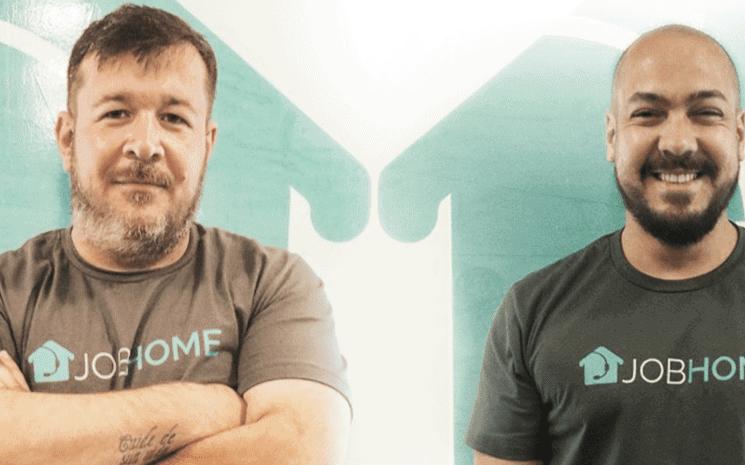 Na contramão da crise, startup contrata 800 pessoas e gerencia todos 100% em home office