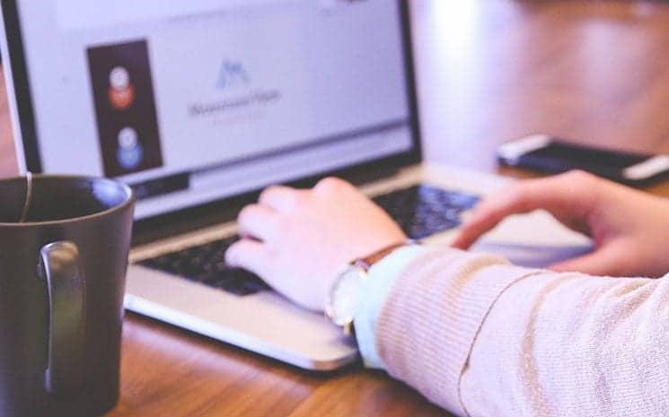 Empreendedorismo feminino: veja os 5 melhores negócios digitais