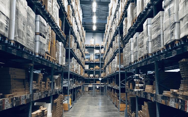 O impacto da rápida mudança para o e commerce no Compliance de Estoques