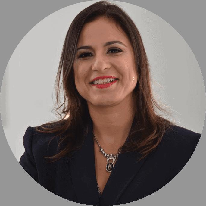 Juliana - Founder Cartão Vai Bem