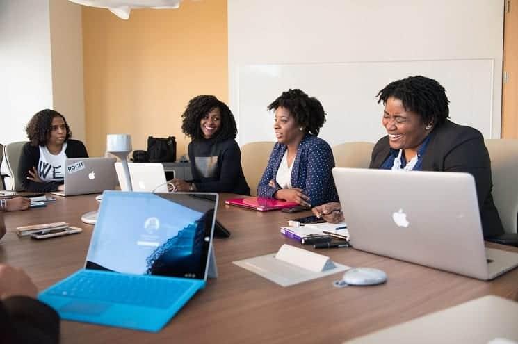 Distrito promove pesquisa para entender representatividade feminina no ecossistema da inovação