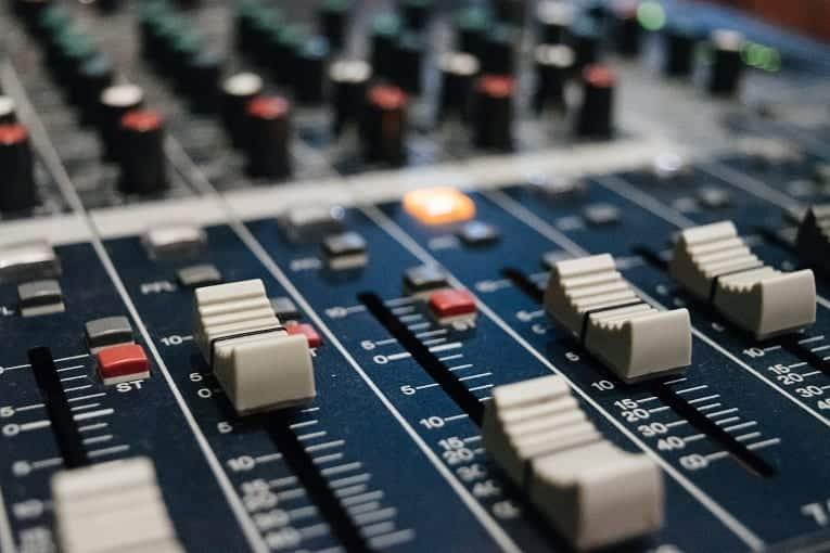 A importância do rádio para o setor da Publicidade