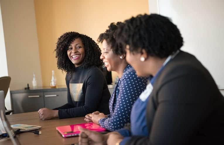 Distrito, em cocriação com B2Mamy, lança programa de aceleração Female Scale