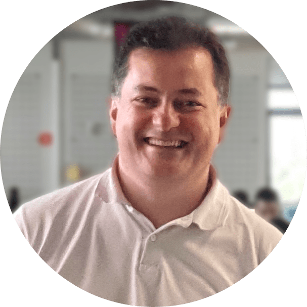 Versione Mauro Júnior, CEO da Phi