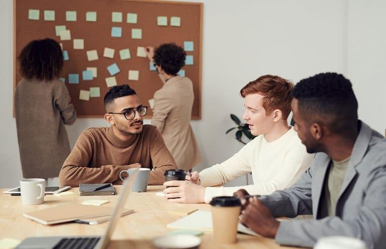 Como encontrar o profissional ideal para a sua startup?